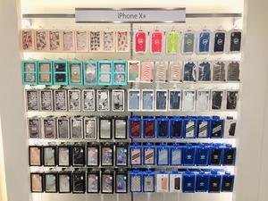 ・iPhoneアクセサリー