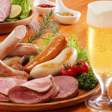 Let's taste handmade Sausages under the blue sky! Beer & Sausages Marchais