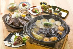 戻り鰹のわら焼きと十千味噌角煮コース  ※8月23日より承ります