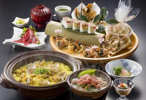 【飲み放題150分付き】桜えび沖上がり鍋と彩り春皿鉢プラン