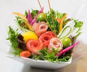 ◆花束サラダ◆誕生日、送別会などに