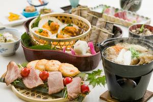 ◆秋プラン◆ 特製つくね鍋と帆立貝の献珍焼き 秋の皿鉢コース