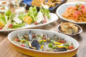 【女子会】地魚のアクアパッツアと完熟トマトのチリパスタの美食コース
