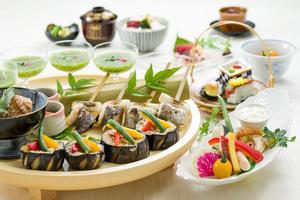 ◆夏プラン◆ 夏の彩り皿鉢料理と魚介とかぶりつき野菜の冷製チーズフォンデュ会席