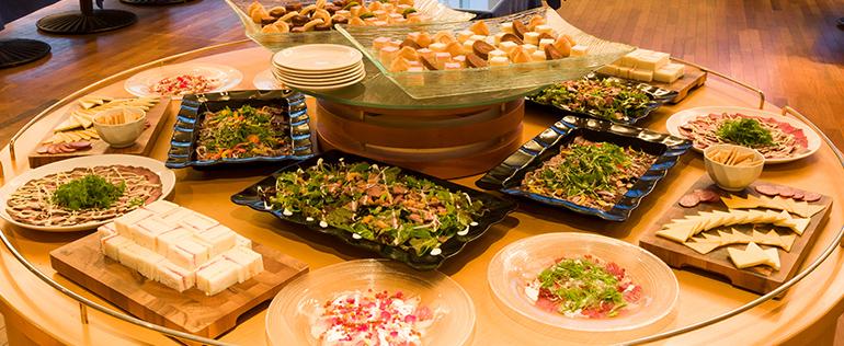 華やかな宴席に 「洋食プラン」