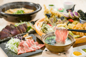 【飲み放題付き】初カツオの藁焼きと三元豚しゃぶしゃぶプラン