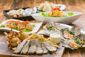 ◆秋プラン◆ ほうじ茶香るローストポークと秋鮭の朴葉味噌焼きプラン