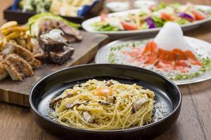 【特選】富士山麓彩り食材食べつくしコース