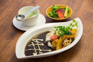 野菜の黒カレーライス