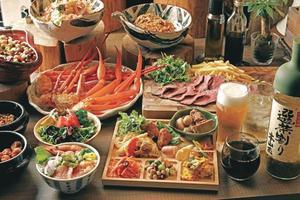 ズワイ蟹or自家製ローストビーフ 選べるメインとビュッフェで楽しむパーティプラン【120分飲み放題付き】